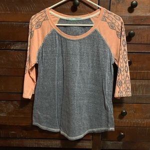 Maurices gray and pink 3/4 sleeve shirt